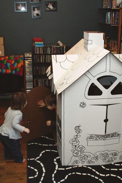 CardboardHouse2